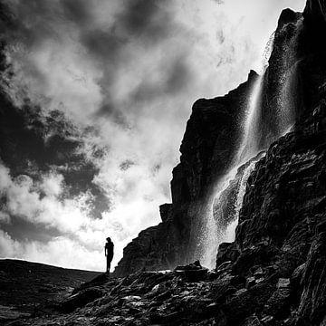 Waterval in tegenlicht van Mds foto