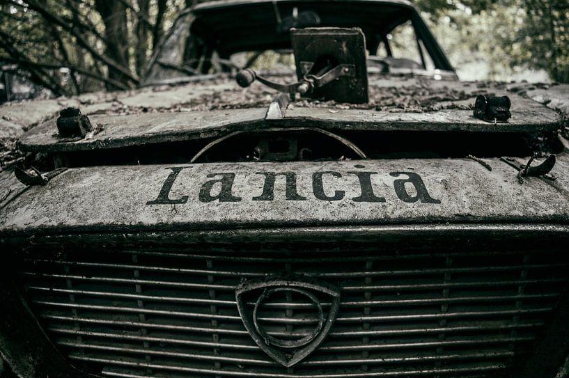 Obvious Lancia von Mandy Winters