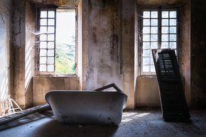 Badkuip in Verlaten Villa.