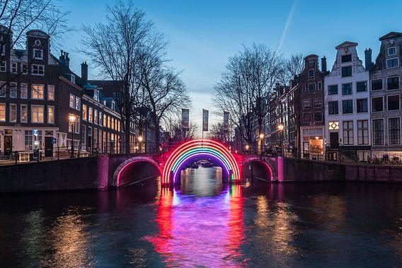 The Bridge of the Rainbow van Scott McQuaide