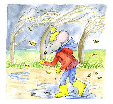 Muis loopt in herfstachtig weer met tegenwind van Ivonne Wierink