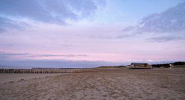 Sonnenuntergang am Strand von Joy Mennings