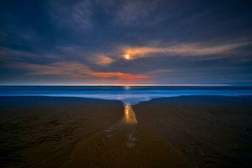 Sonnenuntergang am Nordseestrand von Jenco van Zalk