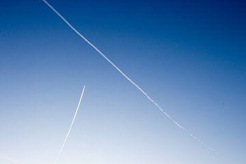 Lucht met vliegtuigen van thomas van der Wijngaard