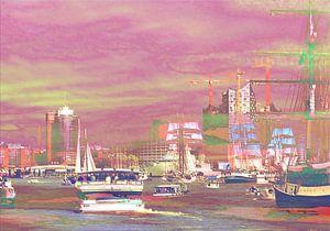 Hamburger Hafenskyline bei Sonnenuntergang van