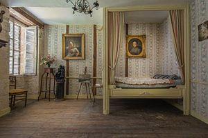 Hemelse slaapkamer van een verlaten chateau