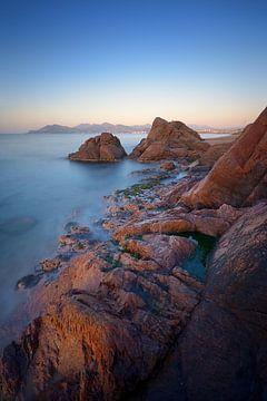 Sonnenaufgang über der Bucht von Cannes von Yannick Lefevre