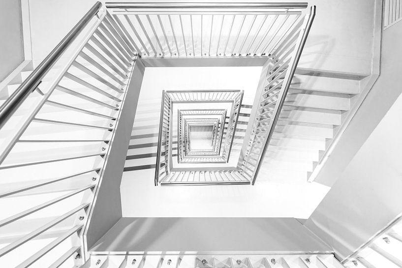 Looking Down von Etienne Hessels