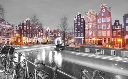 Amsterdam by Night van