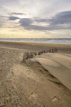 Strand en zee van Dirk van Egmond