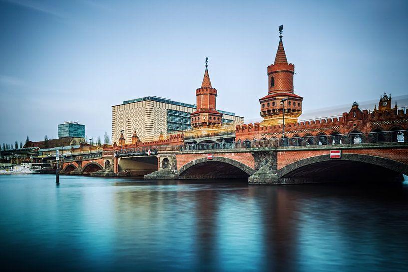 Berlin – Oberbaum Bridge (Long Exposure) van Alexander Voss