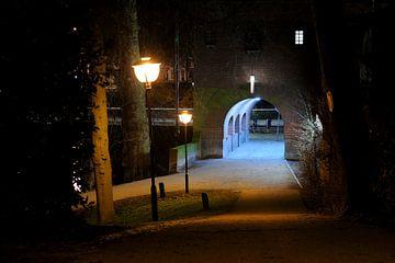 Tunnel Louis Hartlooper Complex bij de Tolsteegbrug in Utrecht sur Donker Utrecht