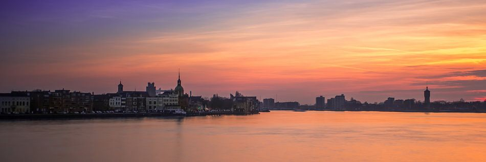 zonsondergang over Dordrecht van Jeroen van Alten