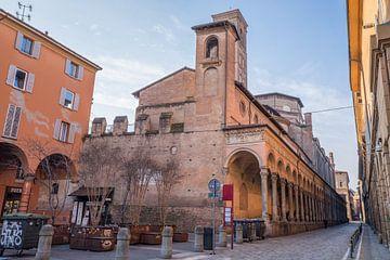 Basilique de San Giacomo Maggiore à Bolonga, Italie sur Joost Adriaanse