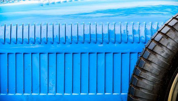 Detail op een vintage Bugatti Type 35 racewagen