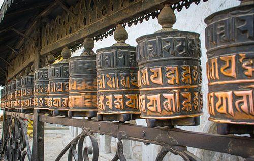 Gebedsmolens bij een klooster in Nepal