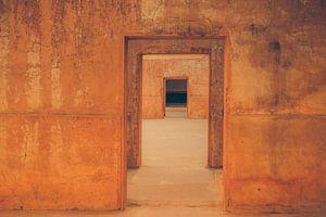 Poort na poort,  doorkijkje van voren naar achteren (gezien bij vtwonen) van Jille Zuidema
