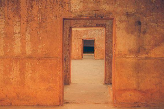 Poort na poort,  doorkijkje van voren naar achteren (gezien bij vtwonen)