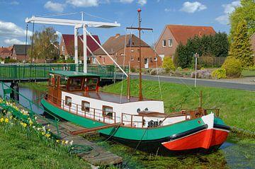 Fehnkanal in Oost-Friesland van Peter Eckert