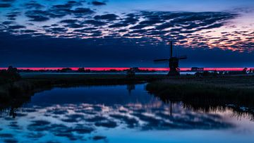 Mühle in der blauen Stunde von René Groenendijk