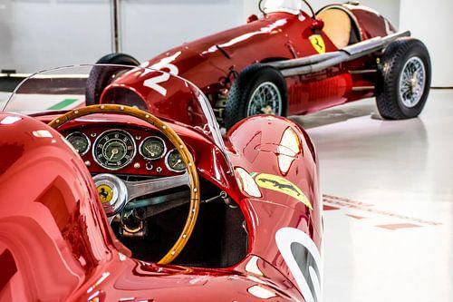 oude Ferrari's met ronde vormen