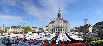 Markt Maastricht van Pascal Lemlijn