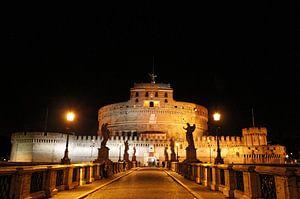Castel Sant' Angelo (Engelenburcht) bij nacht