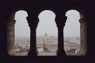Bâtiment du Parlement de Budapest sur Eva Ruiten