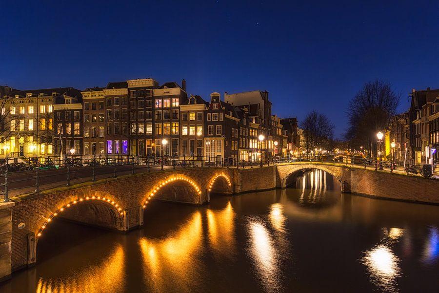 Amsterdam in de Avond van Thomas van Galen