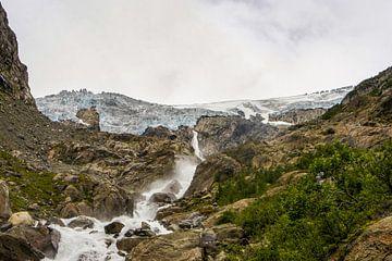 Waterval afkomstig van een gletsjer sur Remco de Zwijger