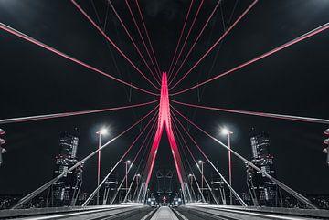 Rote erasmusbrug Rotterdam, zentriert von vedar cvetanovic
