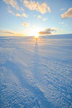Zonsondergang in het winterlandschap van Leo Schindzielorz