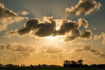 Zeeland Sonne hinter den Wolken von Mario Lere