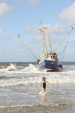 Ameland/Bootje op het strand von Rinnie Wijnstra