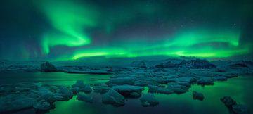 Jokulsarlon Aurora van