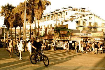 Venice Beach 2 sepia, California van Samantha Phung