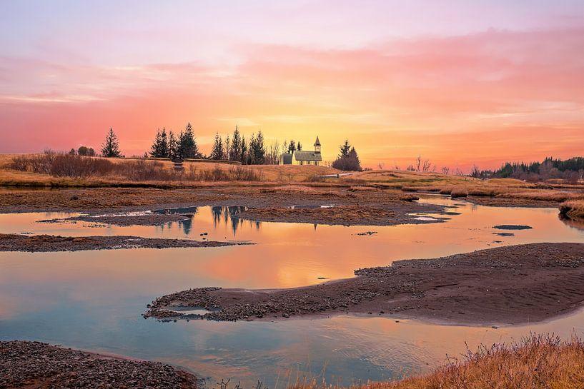 Sunset in the countryside from Iceland van nilaya van vliet