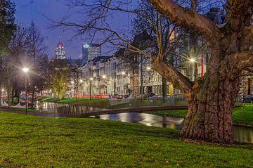 Westersingel Rotterdam während der blauen Stunde von