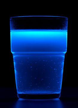 Fluorescerende drank van Achim Prill