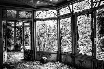 Verlaten plekken: Serre van Ruud Dumas