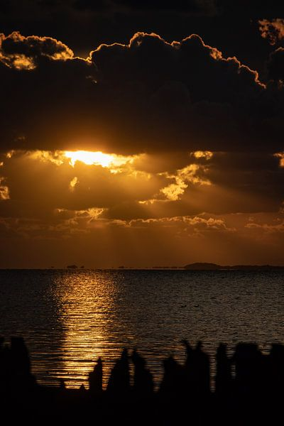 Moddergat, Friesland, Sundown, Magical evening. van Frank Slaghuis