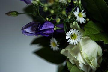 Donkere bloemenspel von Anna H Span