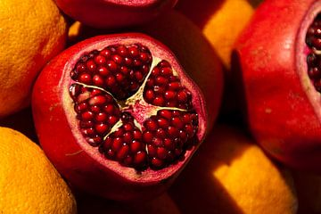 juicy pomegranate van Sense Photography