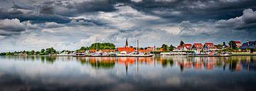 Hollandse luchten boven een Hollands landschap van Remco Piet