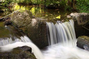 Kleiner Wasserfall von Jana Behr