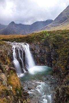 Waterval op het schotse eiland Skye van Douwe van Willigen