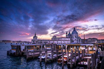 Dramatische hemel in Venetië van Iman Azizi