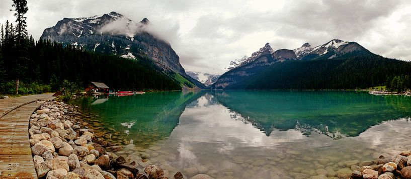 Lake Louisse, Alberta, Canada von Anneke Hooijer