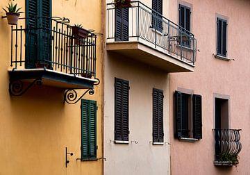 Farbenfrohe Häuser in der Toskana von Bianca ter Riet