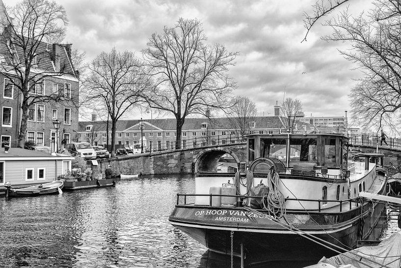 Op Hoop Van Zegen Amsterdam  van Don Fonzarelli